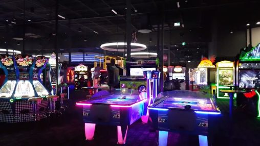 dave and busters arcade tour