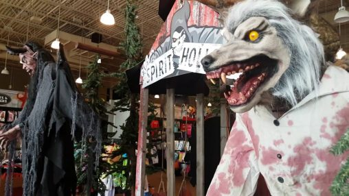 spirit halloween store tour